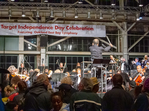 Inside, Michael Morgan led the Oakland East Bay Symphony in a (mostly) Pops concert.