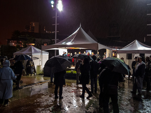 JLS Tree Lighting 11/30 - The crowd came and went in the rain.