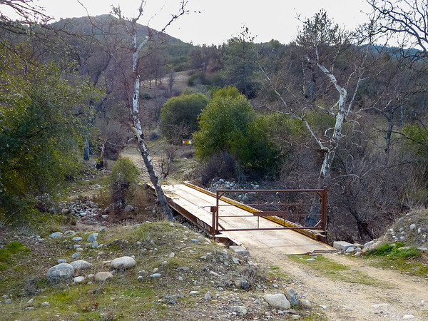 Next, an excursion down Road 6 to the Salsipuedes Ranch bridge across the North Fork of the San Antonio River ...