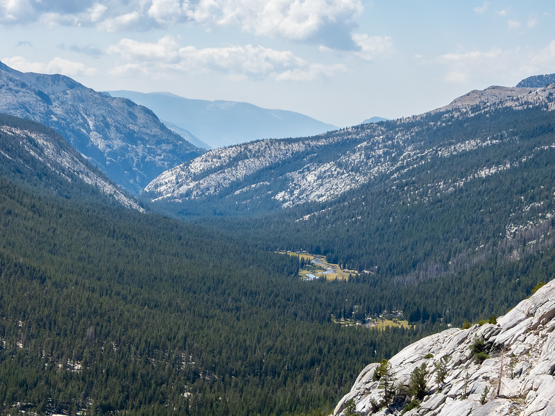 Below, one can see the full sweep of Evolution Valley with Colby and McClure Meadows prominant.  Just a little bit of lingering haze on the long views.