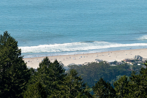 Stinson Beach, almost 2000 feet below, was well subscribed.