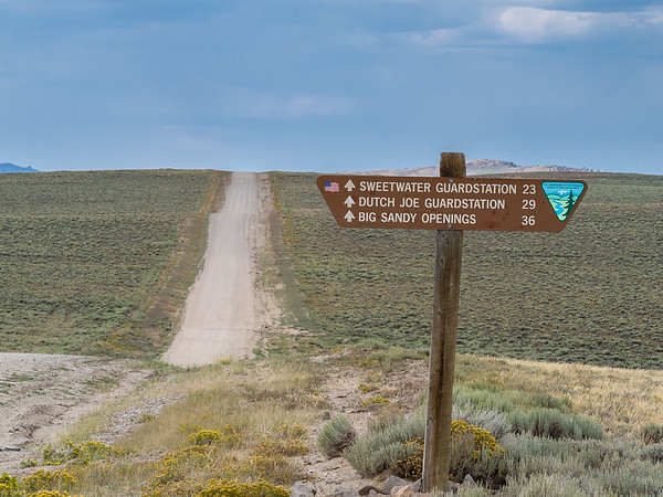 Now, onto the Lander Cutoff Rd: the route to Big Sandy and my Wind River Range backpack.  Today's road is near but generally not on the trace of the historic Lander Cutoff, a shorter but higher route from South Pass to Fort Hall (Idaho) constructed in 1858.