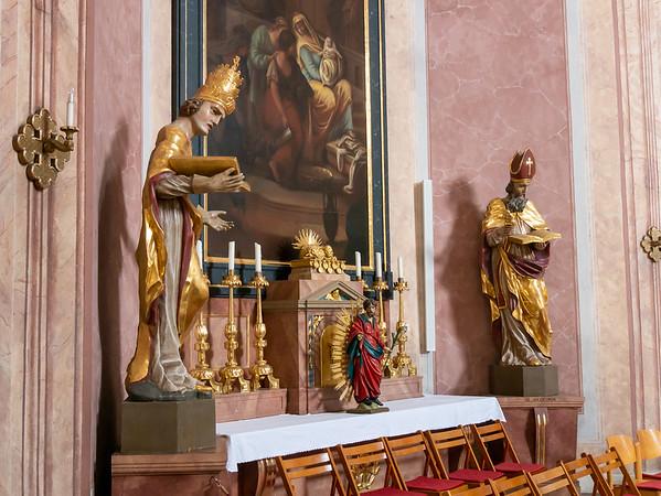 A side altar.