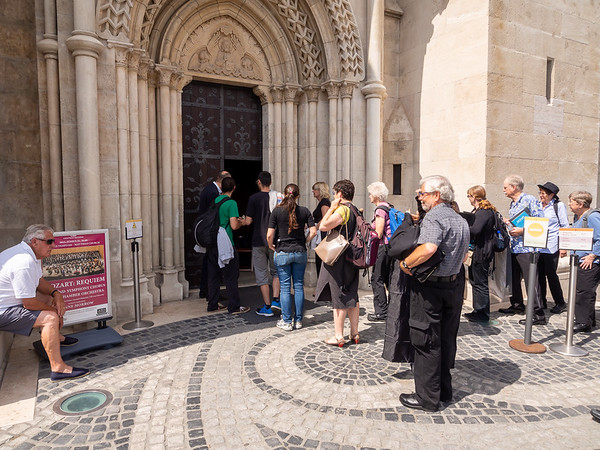 The chorus made it's way into Matthias Church through a side entrance for the afternoon rehearsal.