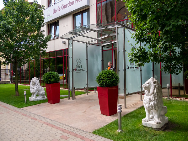 Our hotel was the Lion's Garden, in Pest just southeast of the City Park.  (This picture taken after our arrival.)