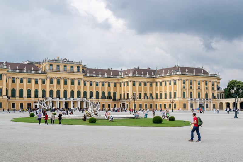 The second stop was Schloss Schönbrunn.