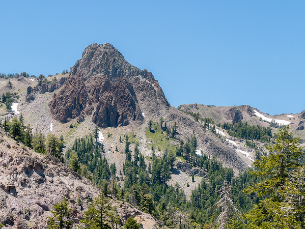 This definitely a volcanic landscape.  A little volcanic plug is to the side of the top of Arnot Peak.  I'm now on one of  the folds toward the south end of the upper Wolf Creek drainage.