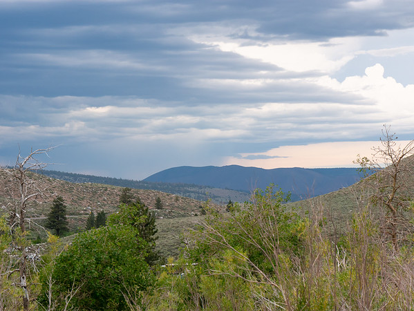 There were thunderstorms in the distance, but all stayed well away.