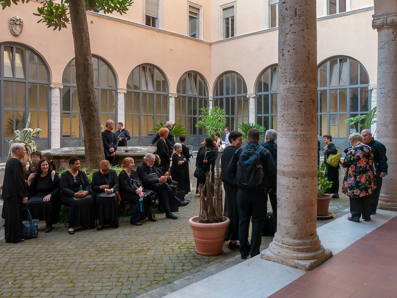 We did not expect was that a mass would be in progress when we arrived ... but so there was.  The group waited a bit in a church courtyard.