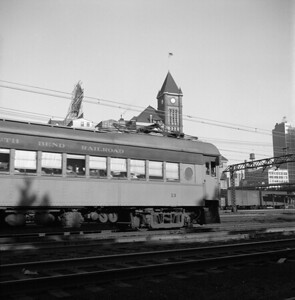 2018.008.CSSSB.I.015--bruce meyer 120 neg--CSS&SB--electric interurban northbound passenger train passing ICRR Central Station at 12th Street--Chicago IL--1958 0626