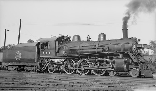 2018.008.CGW.S.14--bruce meyer 116 neg [Robert Graham]--CGW--steam locomotive 4-6-2 K-2 906--Rochester MN--1936 0705