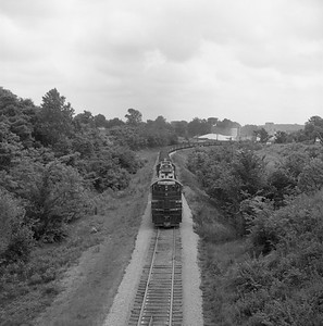 2018.008.CIM.F.077--bruce meyer 120 neg--C&IM--diesel freight train northbound approaching--Petersburg IL--1959 0610