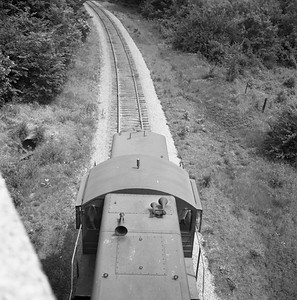 2018.008.CIM.F.079--bruce meyer 120 neg--C&IM--diesel freight train northbound--Petersburg IL--1959 0610