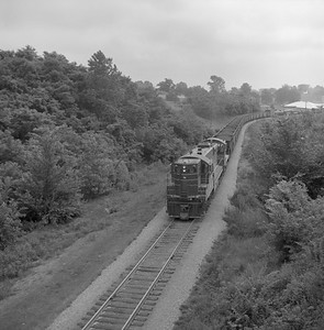 2018.008.CIM.F.068--bruce meyer 120 neg--C&IM--diesel freight train northbound--Petersburg IL--1959 0610