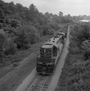 2018.008.CIM.F.069--bruce meyer 120 neg--C&IM--diesel freight train northbound--Petersburg IL--1959 0610