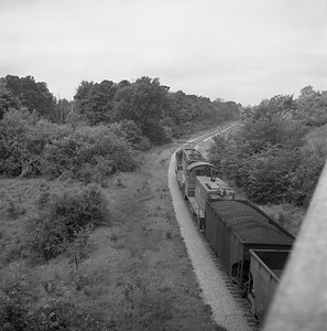 2018.008.CIM.F.071--bruce meyer 120 neg--C&IM--diesel freight train northbound--Petersburg IL--1959 0610