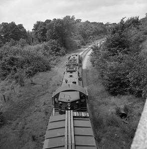 2018.008.CIM.F.081--bruce meyer 120 neg--C&IM--diesel freight train northbound--Petersburg IL--1959 0610