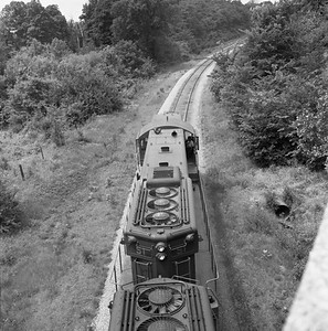 2018.008.CIM.F.080--bruce meyer 120 neg--C&IM--diesel freight train northbound--Petersburg IL--1959 0610