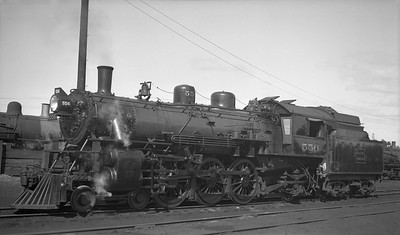 2018.008.DSSA.S.04--bruce meyer 116 neg [Robert Graham]--DSS&A--steam locomotive 4-6-2 556 at Shoreham--Minneapolis MN--1936 0927