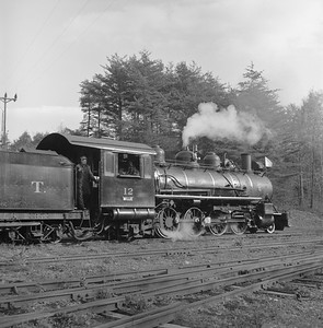 2018.008.EBT.S.19--bruce meyer 120 neg--EBT--steam locomotive 2-8-2 12 detail--Rockhill PA--1960 1016