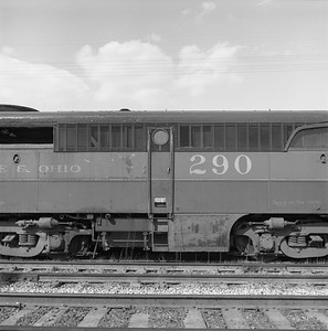 2018.008.GMO.D.126--bruce meyer 120 neg--GM&O--ALCO diesel locomotive 290 (retired and turned in to EMD) detail--McCook IL--1963 0406