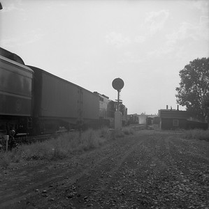 2018.008.GTW.P.687--bruce meyer 120 neg--GTW--EMD diesel locomotive 4915 on westbound passenger train 17--Durand MI--1958 0830