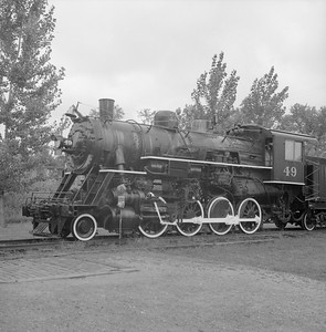 2018.008.GBW.S.233--bruce meyer 120 neg--GB&W--steam locomotive 2-8-0 49 on display detail at museum--North Freedom WI--1989 0820