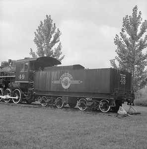 2018.008.GBW.S.225--bruce meyer 120 neg--GB&W--steam locomotive 2-8-0 49 on display detail at museum--North Freedom WI--1989 0820