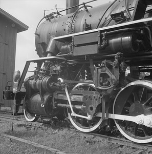 2018.008.GBW.S.231--bruce meyer 120 neg--GB&W--steam locomotive 2-8-0 49 on display detail at museum--North Freedom WI--1989 0820