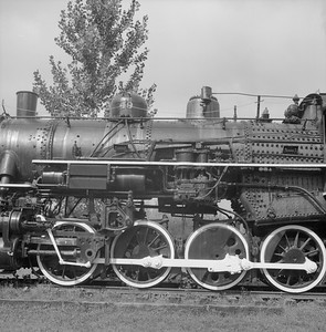2018.008.GBW.S.228--bruce meyer 120 neg--GB&W--steam locomotive 2-8-0 49 on display detail at museum--North Freedom WI--1989 0820
