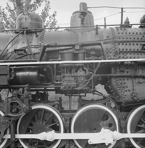 2018.008.GBW.S.232--bruce meyer 120 neg--GB&W--steam locomotive 2-8-0 49 on display detail at museum--North Freedom WI--1989 0820
