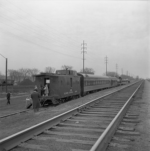 2018.008.IC.FD.1900--bruce meyer 120 neg--ICRR--EMD diesel locomotive caboose and equipment open house display--Champaign IL--1958 0315