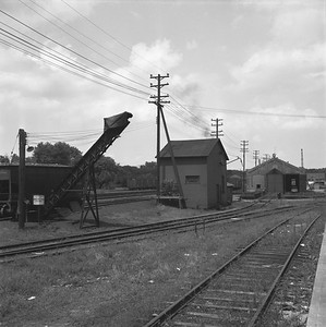 2018.008.IC.Z.1247--bruce meyer 120 neg--ICRR--coal hoist and servicing facility--Bloomington IL--1957 0814