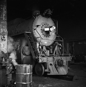 2018.008.IC.S.0783--bruce meyer 120 neg--ICRR--steam locomotive 2-10-2 2720 front view inside roundhouse--Paducah KY--1957 0202