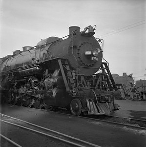 2018.008.IC.S.0791--bruce meyer 120 neg--ICRR--steam locomotive 2-10-2 2728 front view--Paducah KY--1957 0202