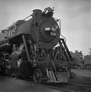 2018.008.IC.S.0793--bruce meyer 120 neg--ICRR--steam locomotive 2-10-2 2728 front view--Paducah KY--1957 0202