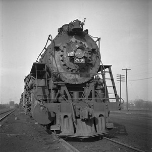 2018.008.IC.S.0774--bruce meyer 120 neg--ICRR--steam locomotive 2-10-2 2705 front view--Paducah KY--1957 0202