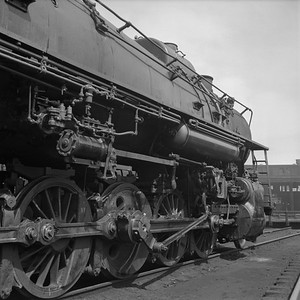 2018.008.IC.S.0984--bruce meyer 120 neg--ICRR--steam locomotive 2-10-2 2816 detail--Paducah KY--1957 0715