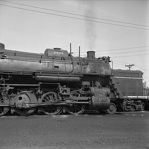2018.008.IC.S.1002--bruce meyer 120 neg--ICRR--steam locomotive 2-10-2 2808 detail--Paducah KY--1957 0715