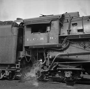 2018.008.IC.S.1000--bruce meyer 120 neg--ICRR--steam locomotive 2-10-2 2808 detail--Paducah KY--1957 0715