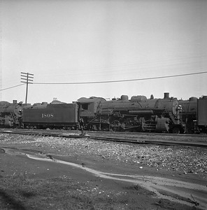 2018.008.IC.S.0681--bruce meyer 120 neg--ICRR--steam locomotive 2-8-2 1808--Paducah KY--1957 0202