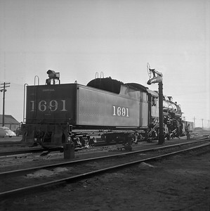 2018.008.IC.S.0597--bruce meyer 120 neg--ICRR--steam locomotive 2-8-2 1691 rear tender view--Champaign IL--1956 1028