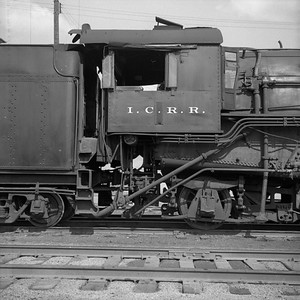 2018.008.IC.S.0150--bruce meyer 120 neg--ICRR--steam locomotive 2-8-2 1651 cab detail--Bloomington IL--1954 0000