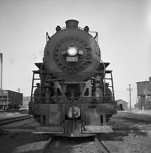 2018.008.IC.S.0592--bruce meyer 120 neg--ICRR--steam locomotive 2-8-2 1691 front view--Champaign IL--1956 1028