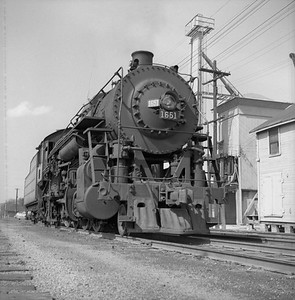 2018.008.IC.S.0142--bruce meyer 120 neg--ICRR--steam locomotive 2-8-2 1651--Bloomington IL--1954 0000