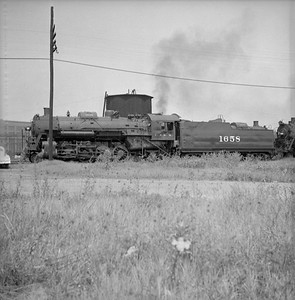 2018.008.IC.S.0232--bruce meyer 120 neg--ICRR--steam locomotive 2-8-2 1658--Paducah IL--1955 0600