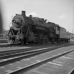 2018.008.IC.S.0151--bruce meyer 120 neg--ICRR--steam locomotive 2-8-2 1651--Bloomington IL--1954 0000