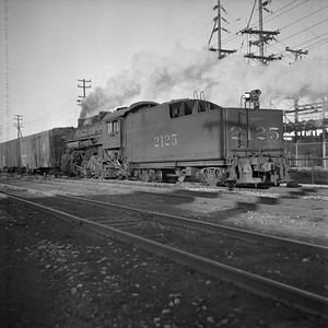 2018.008.IC.S.0308--bruce meyer 120 neg--ICRR--steam locomotive 2-8-2 2125 rear tender view switching action--Bloomington IL--1955 1123