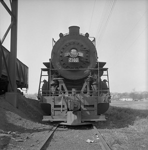 2018.008.IC.S.0416--bruce meyer 120 neg--ICRR--steam locomotive 2-8-2 2100 front view--Clinton IL--1956 0403