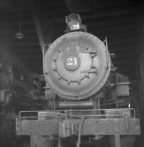 2018.008.LSTT.S.05--bruce meyer 120 neg--LST&T--steam locomotive 0-8-0 21 inside roundhouse--Superior WI--1956 0902